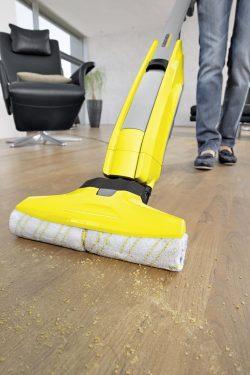 אביזרים וחומרי ניקוי למקרצף/שואב רצפות